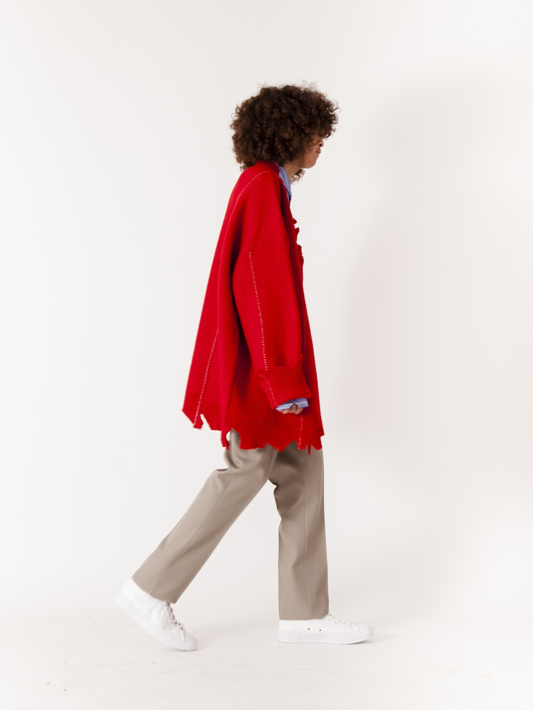 RAF_SIMONS_Oversized_Destroyed_V-Neck_Knit_Sweater_Red_x-4_dbf754df-9bbc-4fec-a54b-7e8d36a8d365